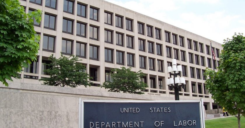 Department of Labor Reports the Real Job Facts– Trump's Economy Decreased Unemployment