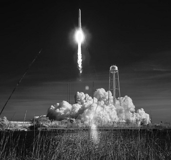 """""""NASA Invites Media, Public to Watch Cargo Launch to Space Station"""""""