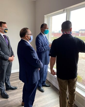 """""""HUD SECRETARY BEN CARSON HOSTS AFFORDABLE HOUSING ROUNDTABLE IN WISCONSIN OPPORTUNITY ZONE"""""""